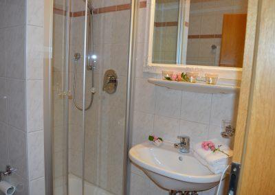 Zellnerhof | FeWo Elisabeth | Das Badezimmer