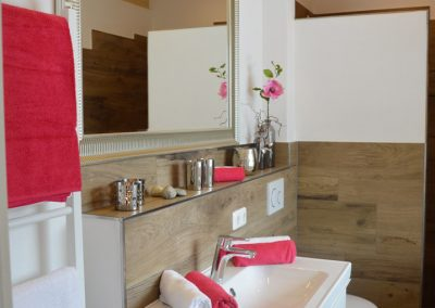 Haus Chiemseeblick | FeWo Fraueninsel | Wohlfühl - Badezimmer