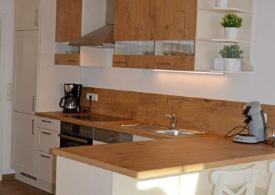 Haus Chiemseeblick | FeWo Fraueninsel | Modern eingerichtete Küche